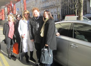 Our SnapCar driver William poses with the gal pals.