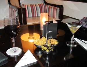 Bar snacks and great drinks at Fairmont Monte Carlo's Saphir Lounge