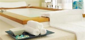 Private spa room photo courtesy of Fairmont Monte Carlo.