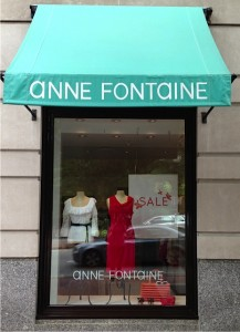 Anne Fontaine Boston style - a pop of red for the Boston Red Sox fans!