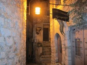Chateau Eza walkway