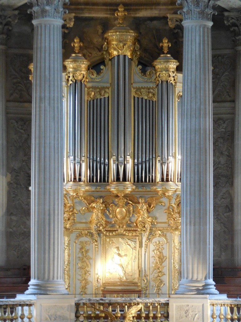 Versailles organ