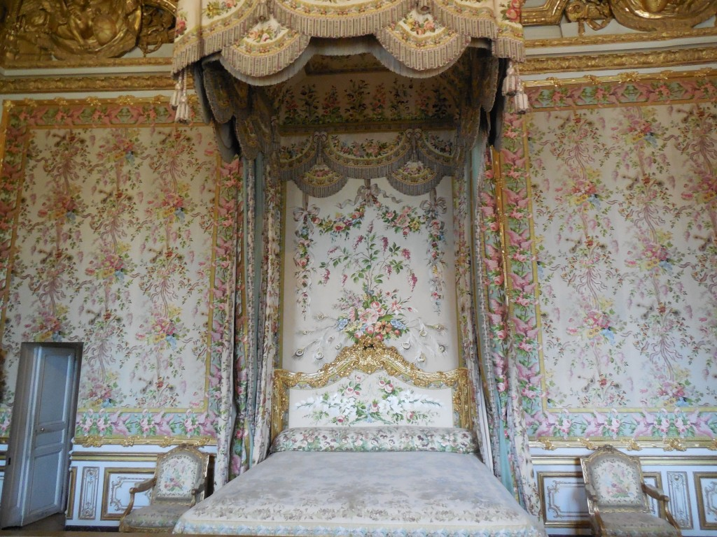 versailles queen chamber