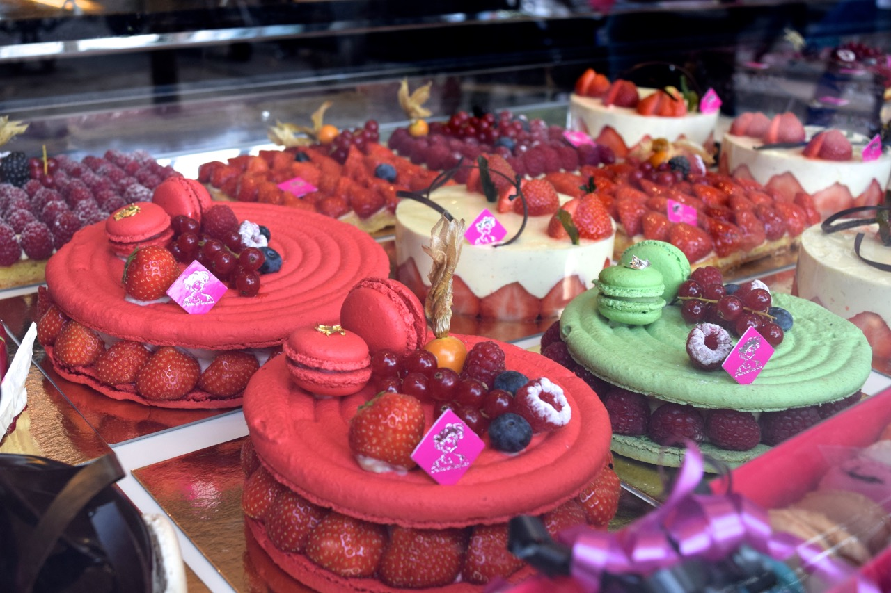 pastry a la petite marquise